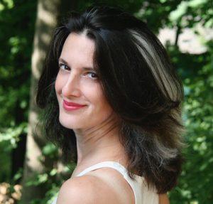 Jazz vocalist, Maria De Angelis